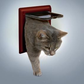 TRIXIE 38603 Дверца для кошки. h16,5х17,5 см- ширина коричневая