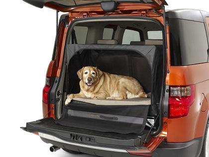 Клетка для перевозки собак в машине